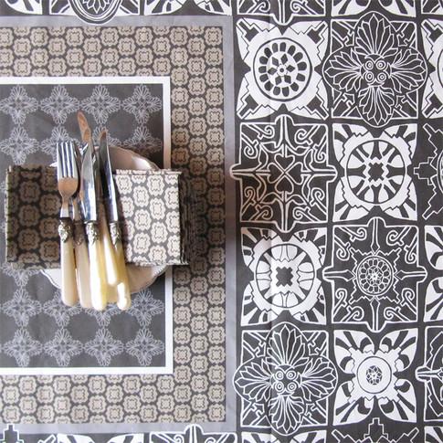 ville et campagne lisboa tablecloth grey 2s.jpg