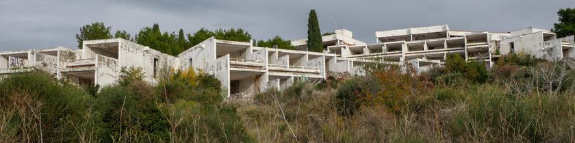 Les complexes en ruines de Primošten