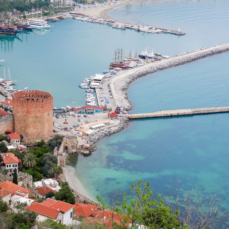 La côte Méditerranéenne de Turquie : balade entre plages de sable fin et sites antiques.
