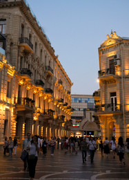 Bakou by night