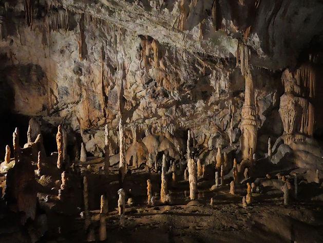 P1003487 - Postojna Caves 8.jpg