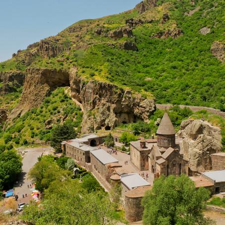 Erevan et ses alentours, immersion au cœur de la capitale Arménienne.