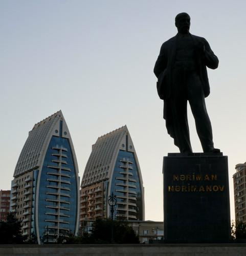 Monument Nariman Narimanov