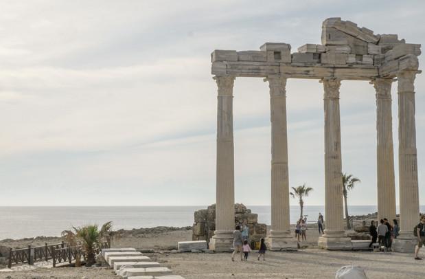 Le temple d'Apollo à Side