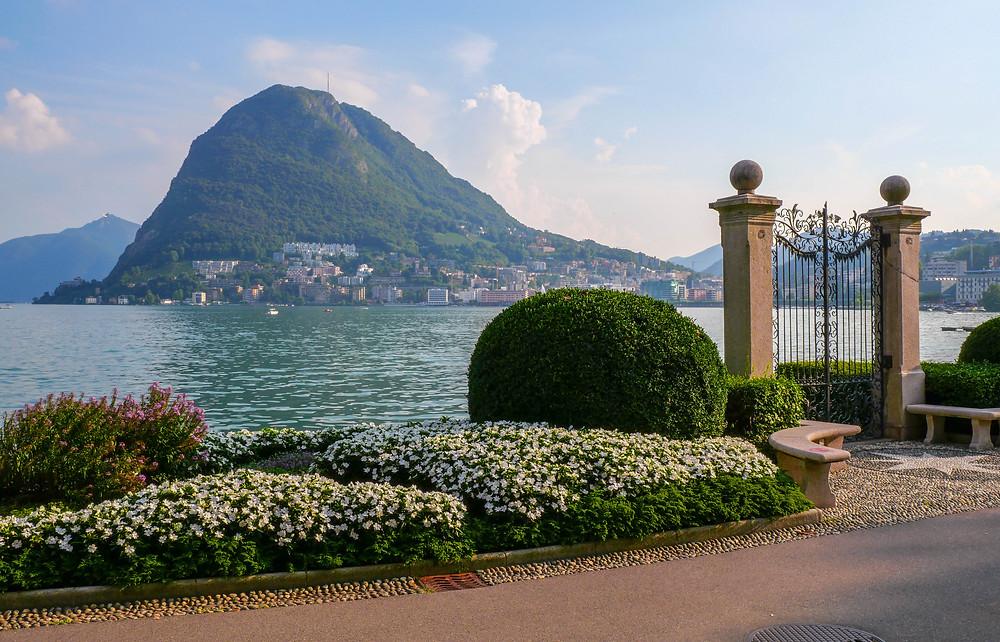 Le Mont San Salvatore domine le lac de Lugano