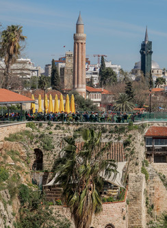 Antalya et les tours de Muratpasa