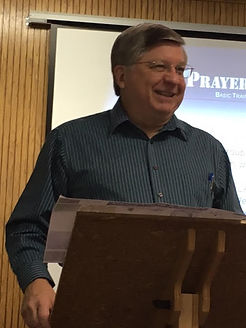 Claude King leads the BSCM Prayer Boot Camp. (Photo by BSCM)