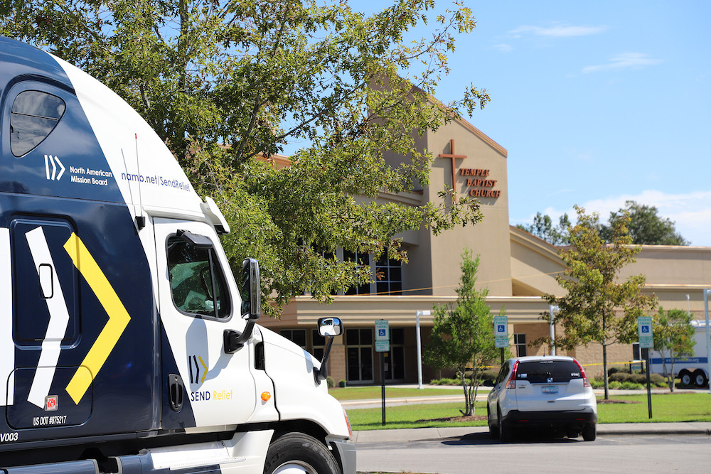 A Send Relief truck and trailer arrived at Temple Baptist Church in New Bern, N.C., to deliver supplies for Southern Baptist Disaster Relief efforts following Hurricane Florence. (Photo by Adam Dukes)