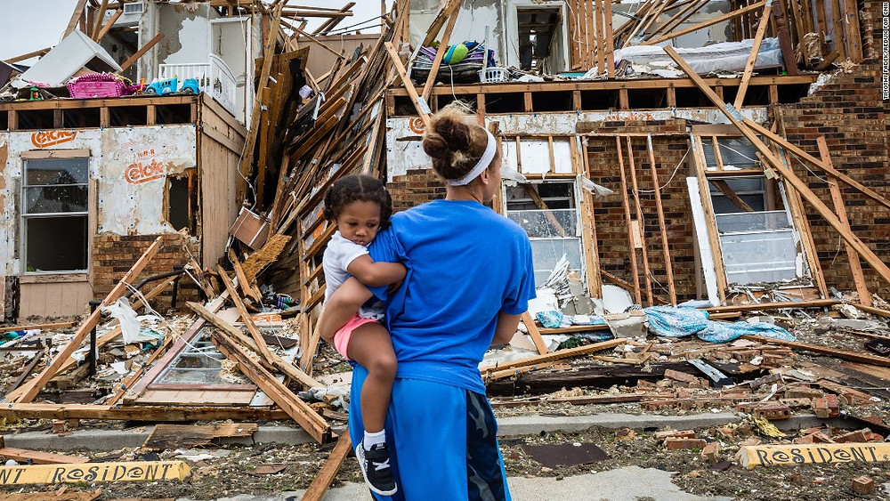 Residents of Rockport return to their destroyed home on August 27. (Photo courtesy of CNN)