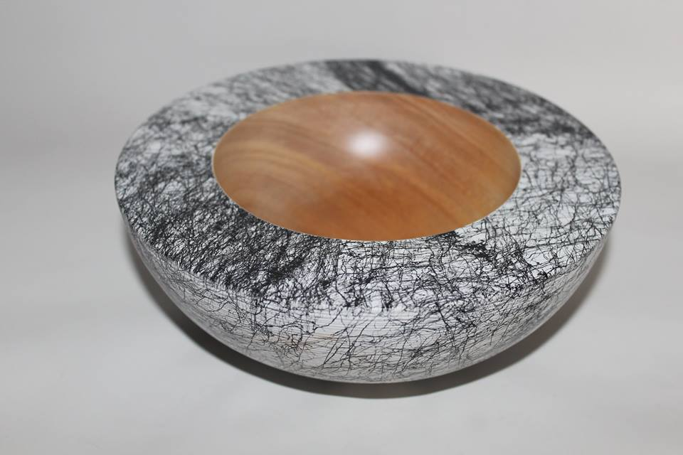 Ceramic effect bowl