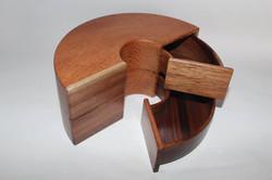 Double sliding box