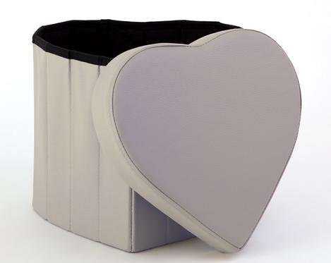 Pouf cuore in ecopelle, 42x42x38cm
