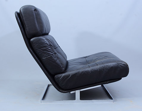 Tetrad 1970s Black Leather and Steel Lounge Chair