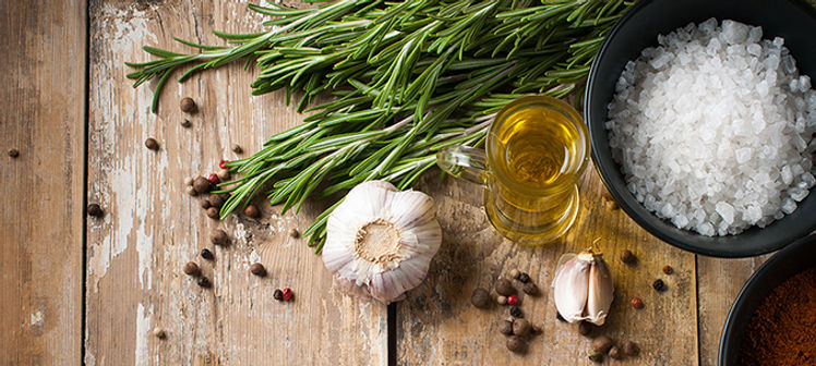 Cuisine avec herbe aromatique