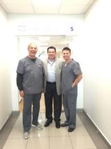 Dr. Enrique Barragan y Dr. Greg Parkhurs
