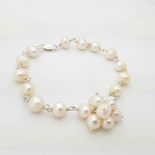Pulsera en Ramillete de perlas