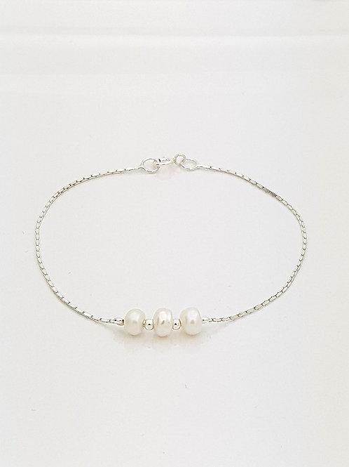 Pulsera tres Perlas