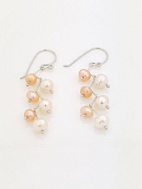 Aretes zig - zag Perlas Blanca y Curaba