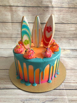 Sun & Surf Cake