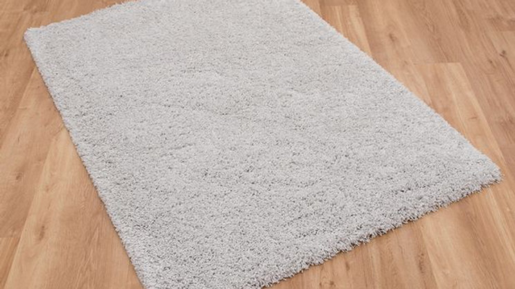 Pearl White Shaggy pile Quality Fireside Rug