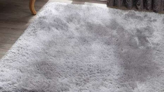 Pearl Silver Shaggy pile Quality Fireside Rug