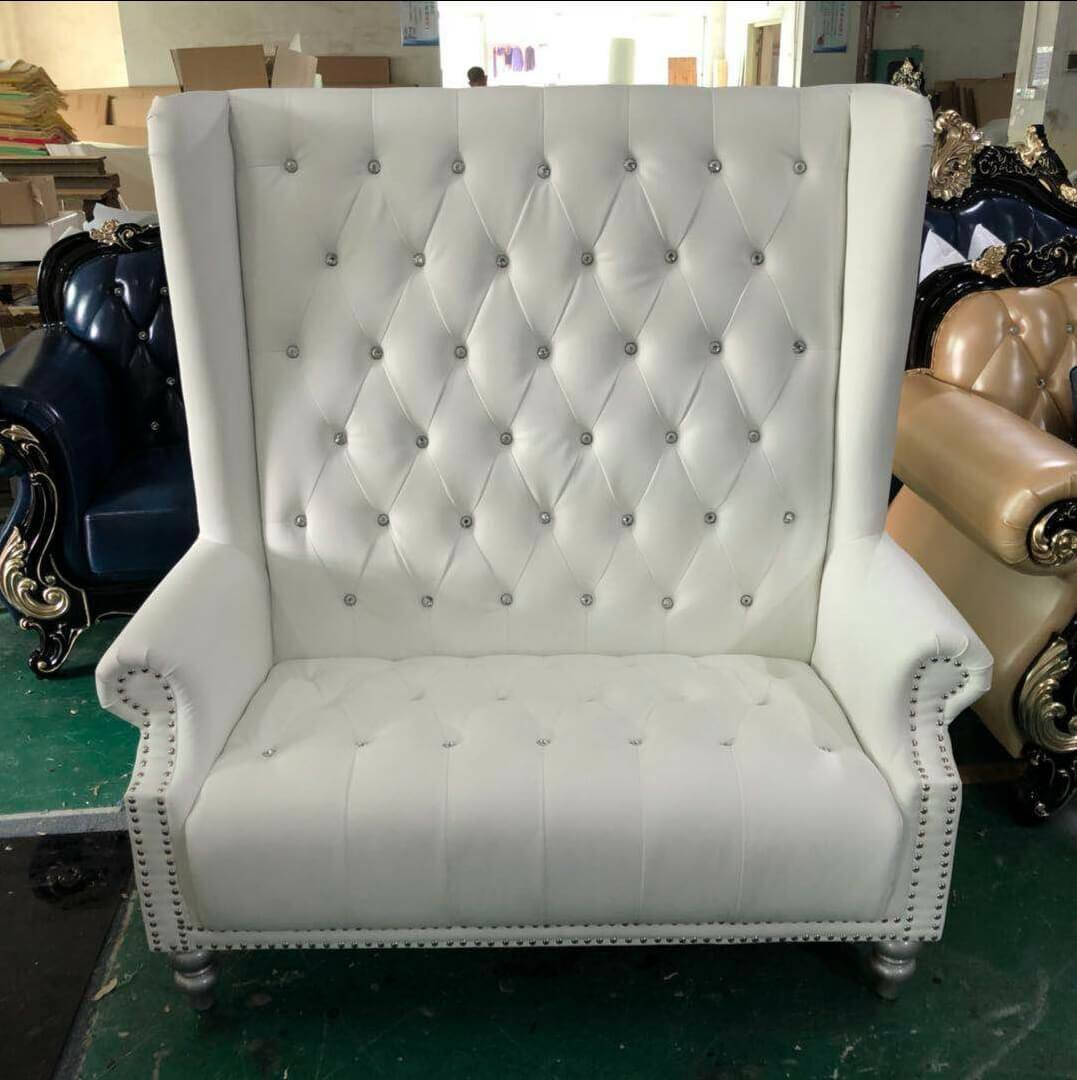 sofa (3).jpg
