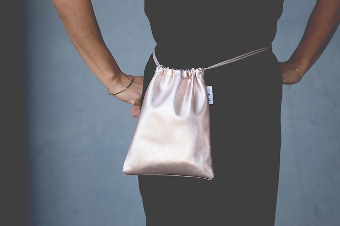 tasca-borsa-bag-marsupio-ecopelle-lamina-cipria