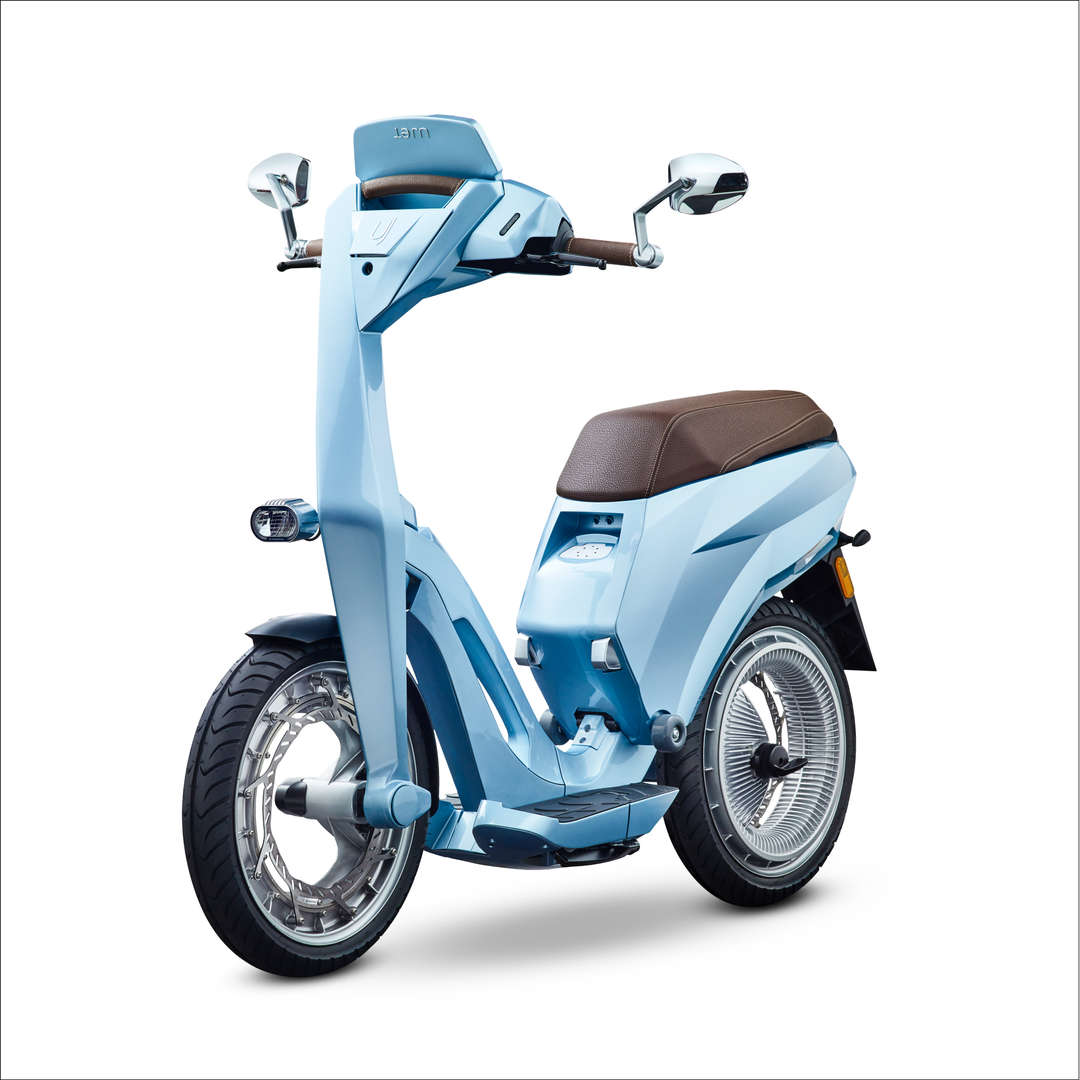 Ujet_Scooters_side bel air blue rand.jpg