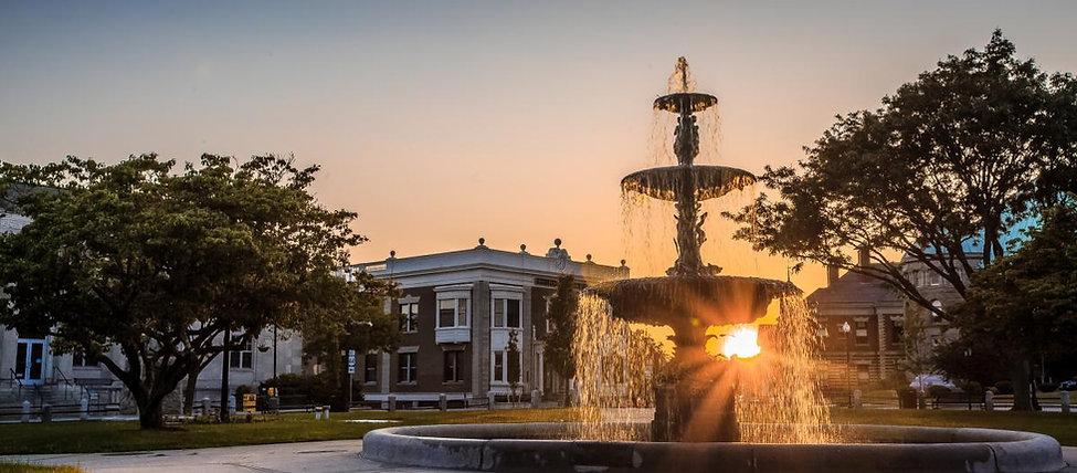 Taunton_Green_Fountain._Taunton,_MA.jpg