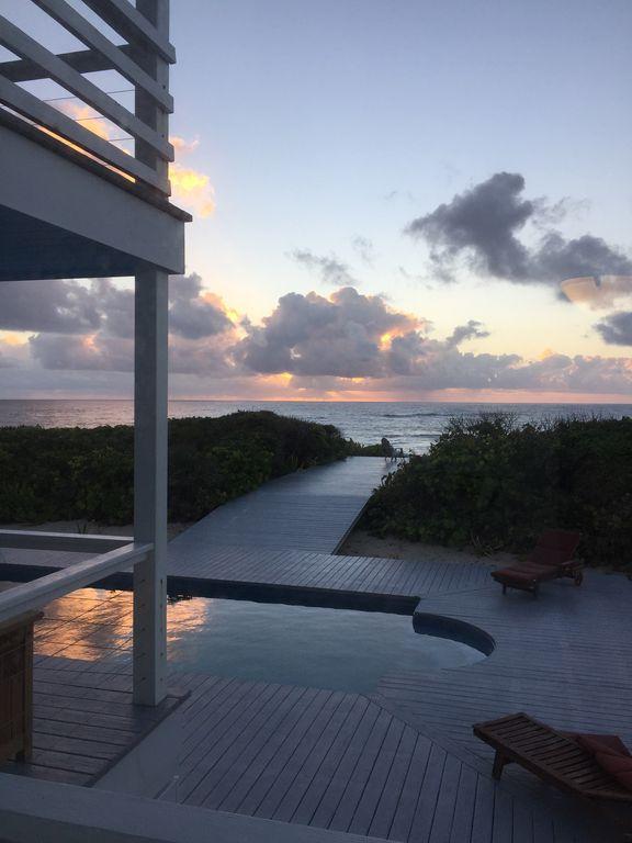 Bahamas 6