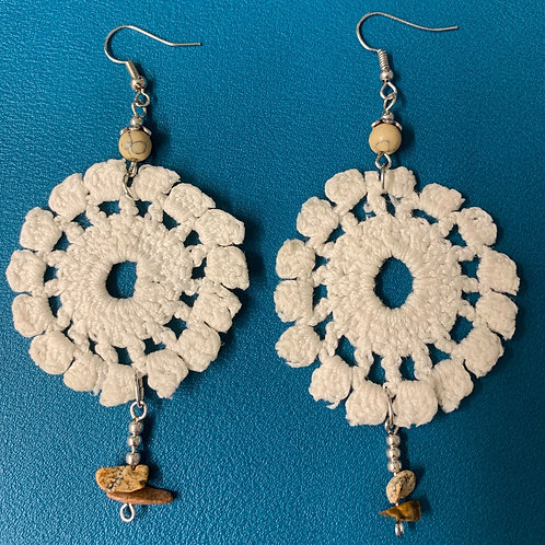 Round crochet earrings with glass beads