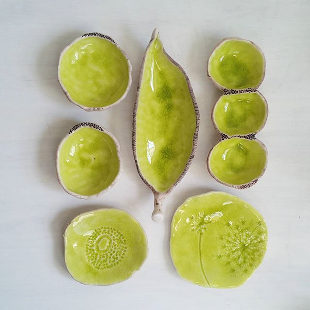 To brighten your day a bit _) #ceramics #chartreuse #green #ringdish #porcelain #spoonrest #brookepe