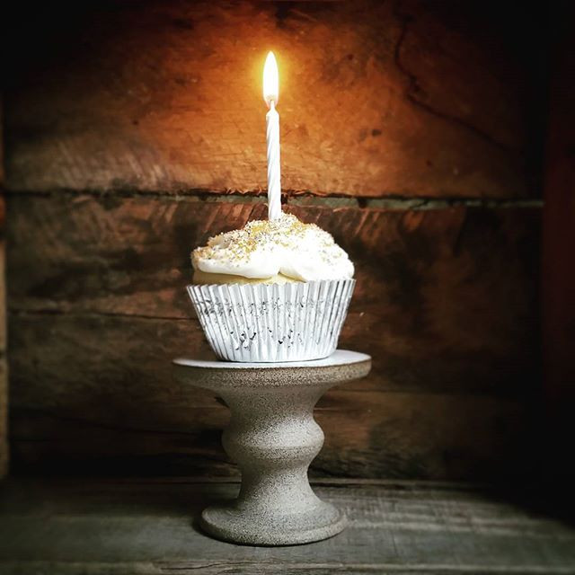 Rustic stoneware cupcake stand by Brooke Peiffer