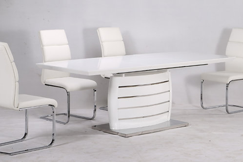 Triest Asztal