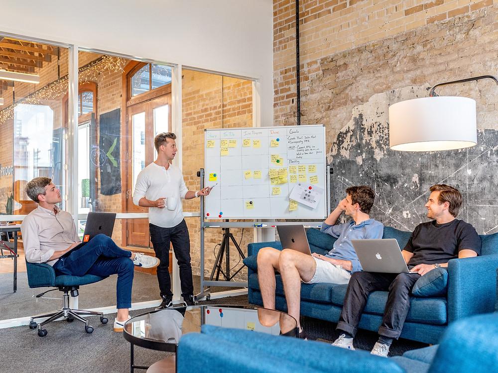 Pessoas em uma reunião de planejamento
