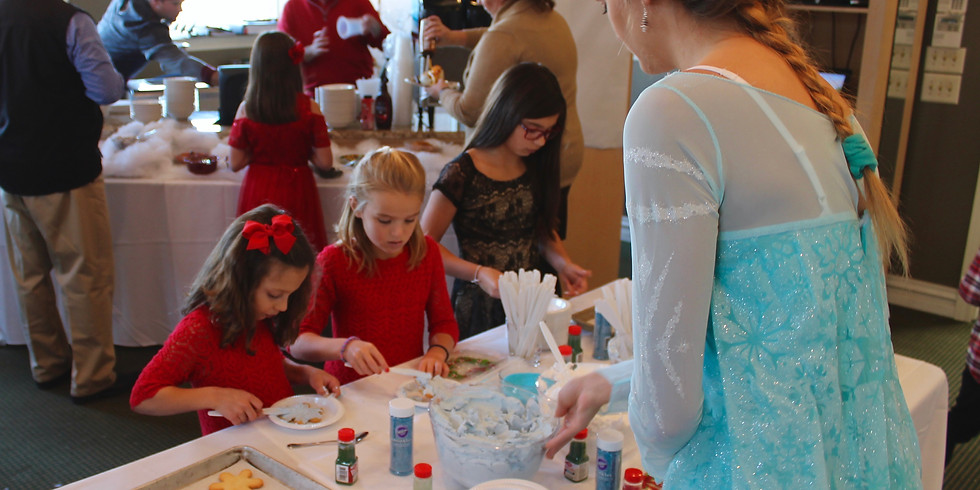 Decorate a Gingerbread House Event