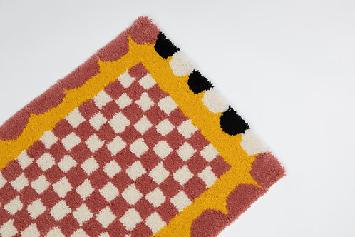 Scallop Checker Rug