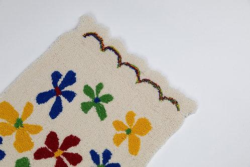 Scallop Flower Rug
