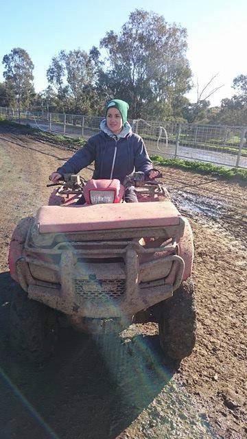 Melbourne tractor backpacker driver
