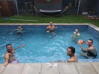 1ere Pool Party de 2017!!!