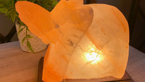 4 Reasons your child needs a Himalayan Salt Lamp in their bedroom.