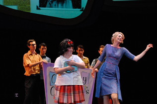 Hairspray by Scott Wittman‎, ‎Marc Shaiman, Mark O'Donnell‎ & Thomas Meehan