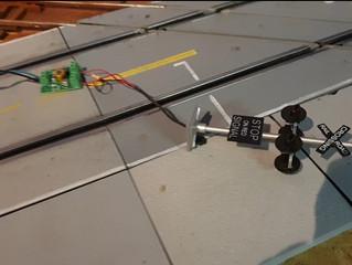Railroad Crossing mit Arduino Steuerung und Näherungssensor