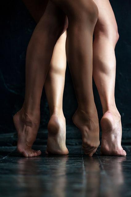 Pies de los bailarines