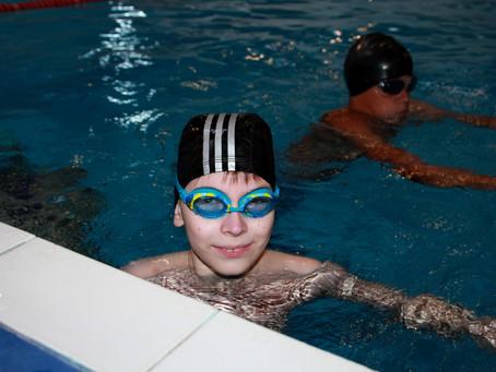 Нужно ли плавание детям?
