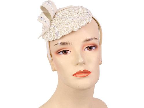 #42 Small fascinator on a headband