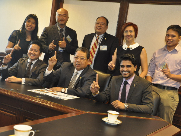 tea at malaysian embassy 1.jpg