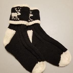 -------- Black Caribou - Medium ------- 1 Available