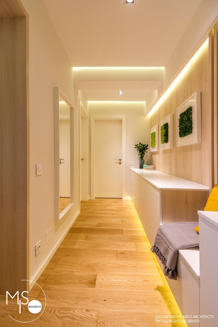 Amenajare Miso Architects cu usi albe din colectia Impuls (poza 9)