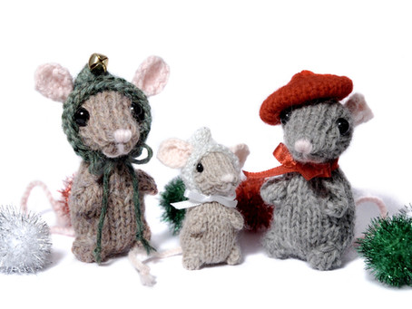 Free Pattern: Holiday Mice